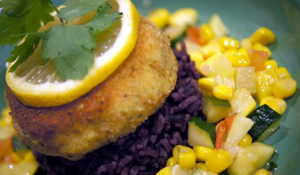 Crabcake with Blanca Isabel Purple Rice and Colache Vegetables