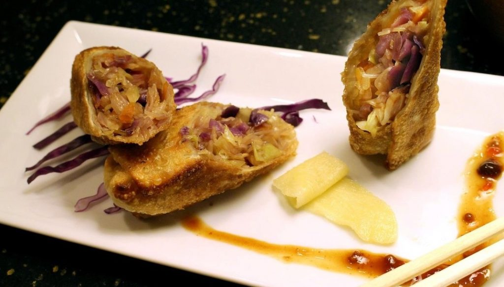 Egg Roll with Carrot Cabbage and Brown Rice Noodle